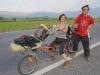 Komplett schmerzfrei: Dieses deutsche Paar ist auf dem selbstgebauten Tandem Richtung Deutschland unterwegs