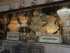 Bei der Einfahrt in Istanbul: Wir schauen noch kurz beim Kronleuchterhändler unseres Vertrauens vorbei