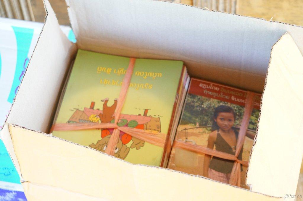 Mitgebracht haben wir kistenweise Bücher...