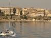 Wir winken der Skyline von Korfu Stadt bye bye