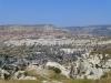 Göreme, das Zentrum Kappadokiens, liegt inmitten einer bizarren Tuffsteinlandschaft....