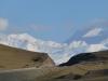 Hinter jeder Ecke lauern wunderbare Ausblicke in die frisch verschneiten Berge
