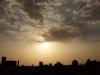 Die 'Skyline' von Yazd bei Sonnenuntergang: Wuchtige Moscheen...
