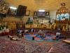 Im alten Wasserreservoir können wir den Männern bei der traditionellen Kampfsportart 'Varzesh-e Bastani' zuschauen...