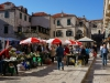 Wer sehr früh aufsteht, sieht in Dubrovnik sogar Eingeborene
