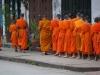 Der allmorgendliche Almosengang der Mönche von Luang Prabang