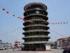 Endlich mal was zu besichtigen: Der schiefe Turm von Teluk Intan
