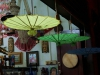 Damit sie Glück bringen, müssen Regenschirme verkehrt aufgehängt werden ;-)