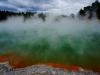 ...heissen Seen und dampfenden Fumarolen