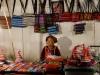 Nachtmarkt im Hippiedorf Pai. So zufrieden kann Hüteverkaufen machen!
