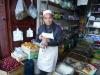 Herr Uigur versorgt uns im Hintergässchen mit unseren Lieblingsbohnen