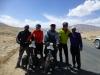 Die tadschikischen Jungs wollten den Jeep gleich gegen die Velos tauschen