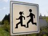 Hier rennen lauter eckige Kinder rum