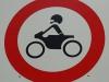 Für motorisierte Ausserirdische Durchfahrt nicht gestattet