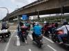 Auf los gehts los! Wer schaffts als erster über den Damm nach Singapur?