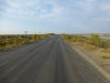 So unscheinbar, dass wir sie fast übersehen hätten: Die Hauptverkehrsachse nach Usbekistan