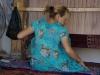 Beim heimlichen Teppichknüpfen erwischt