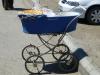 Gewöhnungsbedürftig: Hierzulande kommt das Brot per Kinderwagen zum Kunden