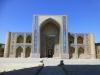 In Buchara sind die pompösen Moscheen nur noch Touristenfutter