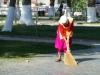 Bei unserer Ankunft wird Samarkand von Heerscharen von Hausfrauen herausgeputzt...
