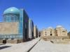 ...drinnen wartete aber keine Krippe, sondern unzählige Mausoleen mit den beeindruckendsten Mosaikarbeiten überhaupt