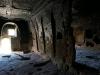 ... und bestaunen zum ersten Mal einige der unzähligen Kirchen und Wohnanlagen, die in den Fels gehauen wurden