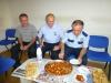 ... dann wird uns ein Hotel organisiert und nach Feierabend werden wir auf dem Polizeiposten zum gemeinsamen Abendmahl empfangen
